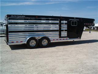 Elite Trailer Manufacturing - Custom Aluminum Horse Trailers